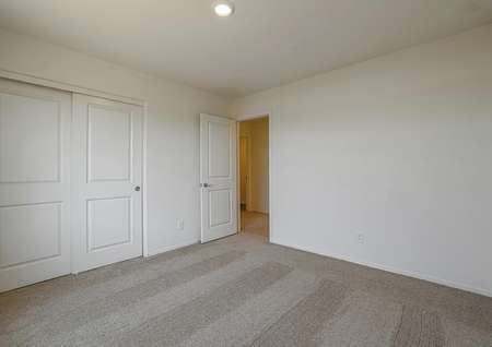 Guest bedroom, perfect for hosting overnight guests.
