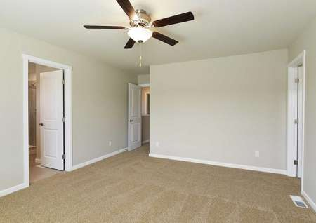 The Northwest Hawthorn is shown with carpet and a decorative ceiling fan.